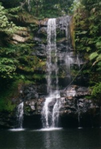 Lembayung waterfall (June 2001)